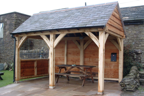 Oak-framed-shelter-1